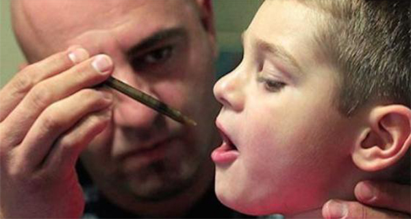 This Dad Gives His Sick Son Marijuana Extract. The Results… Mind-blowing!