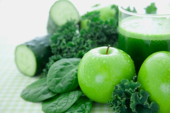 green-smoothie-green-fruits-veggies