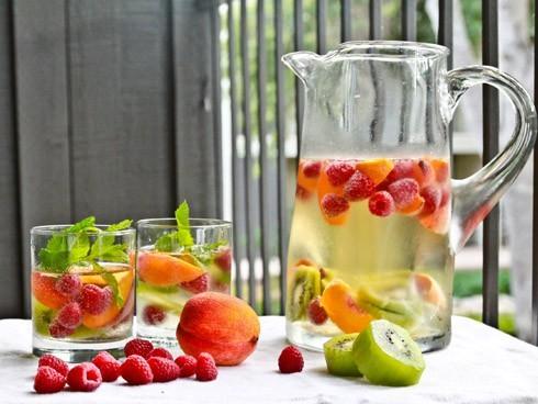 peach-raspberry