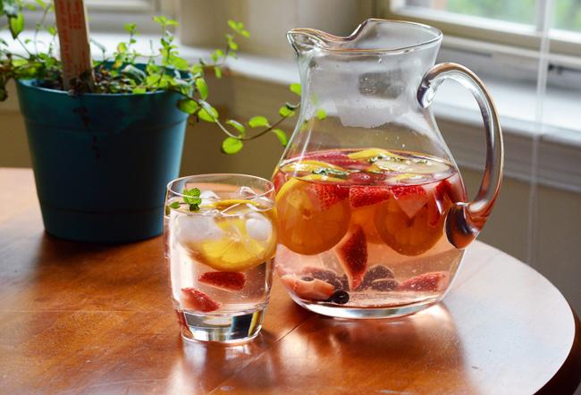 strawberry-lemon-min