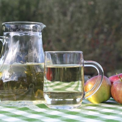 7 Incredible Health Benefits of Apple Cider Vinegar